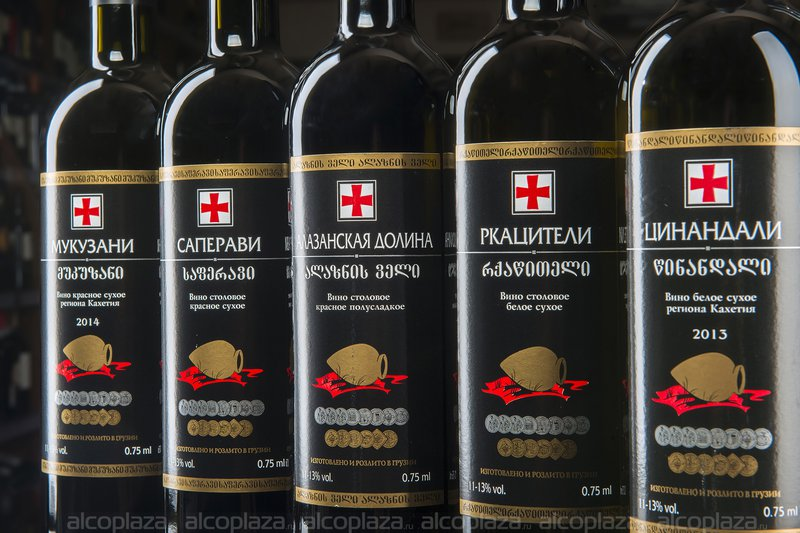 Простой рецепт домашнего полусладкого вина