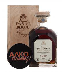Daniel Bouju Carafon VSOP in wooden box - коньяк Даниэль Бужу Карафон ВСОП 0.7 л в д/к
