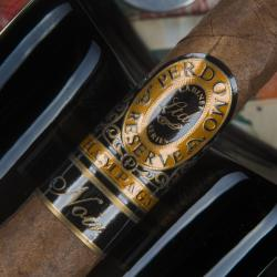 Perdomo Reserve 10 Anniversary Champagne Noir Puritos